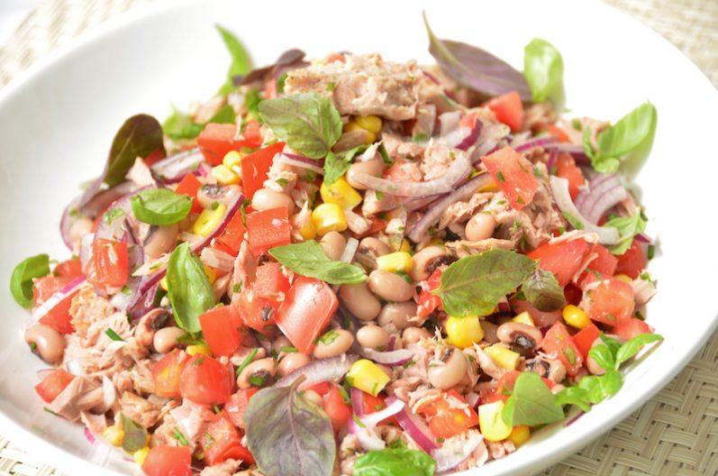 Dica Coperaguas: salada de feijão fradinho com atum