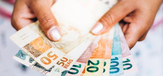 Copom reduz taxa Selic para 2,25% ao ano